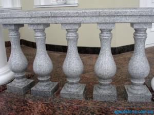 balustrada-granitnie-balasini- perila-iz-granita