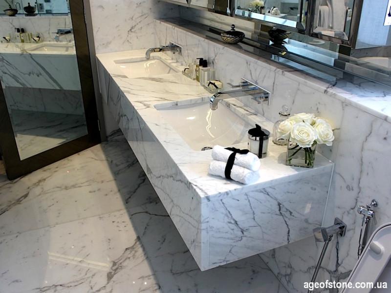 Ванная комната из Итальянского мрамора Statuaretto